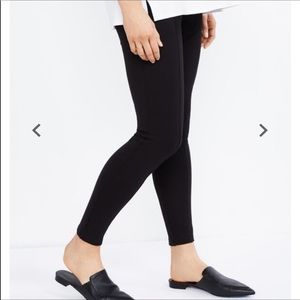 A PEA IN THE POD Under Belly Ponte Leggings